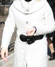 Пальто стеганное, с ремнем, воротником.  В стиле Chanel.