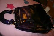 продам сумку derby лаковую фиолетово-черного цвета недорого срочно тор.