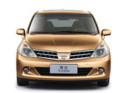 Запчасти на арабскую Nissan Tiida