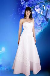 Свадебные платья по цене ниже рыночной.  Продажа из дома.