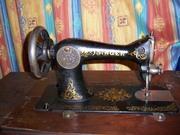 Машинка швейная ножная SINGER начала 20 века.