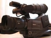 Плечевую полупрофессиональную видеокамеру Panasonic AG DVC60E