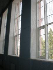 Сетки оградительные,  разделительные для спортивных залов на окна,  стад