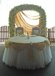 арка на свадьбу на прокат киев,  венчальная арка из цветов киев, киев