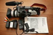 Продам ПРОФЕССИОНАЛЬНУЮ видеокамеру CANON DM-XL 1E япония