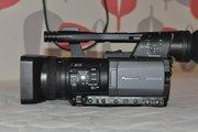 Продам две видеокамеры Panasonic hmc 150