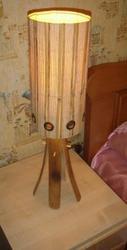 Светильник прикроватный (типа настольный торшер) из бамбука