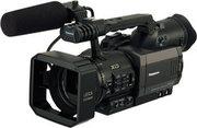 профессиональную видеокамеру panasonic DVX100BE