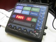 Продам вокальный процессор TC Helicon Voice Live Touch
