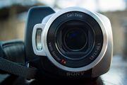Продам видеокамеру Sony DCR-SR220 HDD 60 Gb