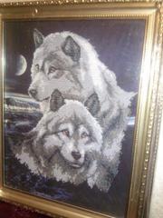 Продам шикарную картину вышитую бисером Волки