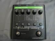 Продам вокальную педаль T.c.electronicVoiceTone Double