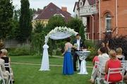 Свадебная арка из живых и искусственных цветов,  прокат арки Киев
