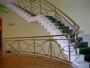Ограждения лестниц в доме. Изготовление-монтаж.Киев.