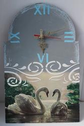 Витражные картины,  часы,  салфетницы,  ключницы и многое другое ручной р
