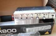 Караоке микшер Behringer MIX 800 для пения