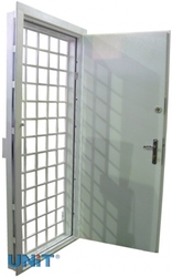 Двери решетчатые
