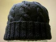 Мягкая вязанная шапочка