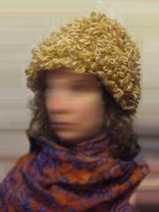 Продам задорную женскую шапку-самовязку