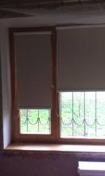 Готовое окно (сосна,  стеклопакет + роллеты+подоконник+отлив).БУ