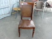 Продажа б.у. стульев с мягким сиденьем для кафе,  ресторанов