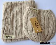 Бежевые шапка и шарф UGG