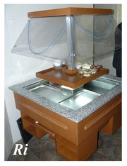 Продам бв вітрину для салатів Igloo для закладів громадського харчуван