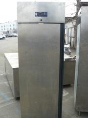 Купить холодильный шкаф б/у Desmond для кафе,  столовых,  супермаркетов
