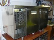 Продам холодильный (морозильный) стол Zanussi б/у