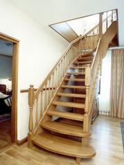 Лестницы деревянные  от  производителя .
