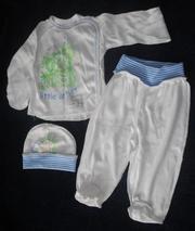 детский костюм троечка