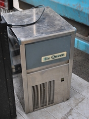 Продам бу льдогенератор Ice Queen FBA 20