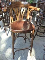 Продам деревянные барные стулья б/у