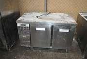 Бу холодильный стол  двухдверный  для ресторана кафе паба