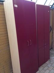 Шкаф для бумаг и шкаф для одежды