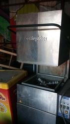 Продам бу посудомойку для кафе,  купольную