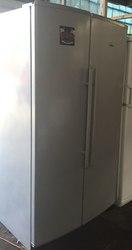 Продается холодильно-морозильный шкаф Whirlpool  бу