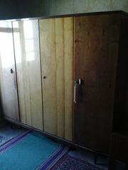 Шкаф 4-х дверный из импорного немецкого гарнитура