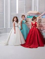 Красивое платье на утренник для девочки