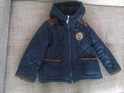 Продам б/у демисезонную куртку на мальчика рост 110-115