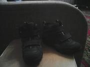 Продам детскую обувь бу. Хорошее состояние.на мальчика