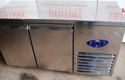 Продам двухдверный холодильный стол бу Desmon
