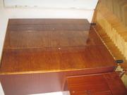 Шкаф 3-х створчатый лакированный