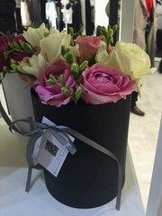 Коробки с цветами на Валентина