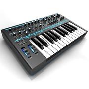 Продам синтезатор Novation Bass Station II