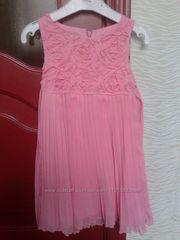 Нарядное розовое платьице на рост 128