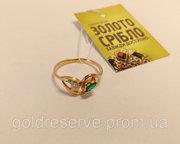 Золотое кольцо с бриллиантом и изумрудом. Вес 1.74 гр,  Цена 1670 грн
