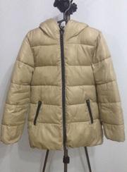 Продам куртку  Benetton 7-8 лет рост 130 см