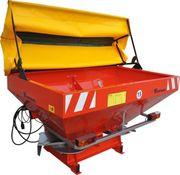 Розкидач мінеральних добрив 1000 кг Woprol.
