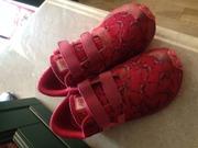 продам детские кроссовки new balance